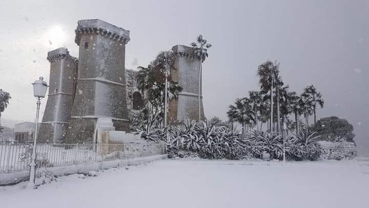 Le Quattro Colonne sotto la neve